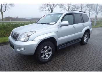 Toyota Land Cruiser 3.0 VX LONG CLIMA 194 DKM - микроавтобус