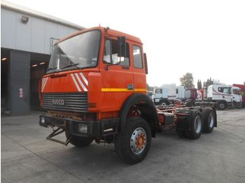 Iveco Magirus 260-25 (BIG AXLE/STEEL SUSP) - грузовик-шасси