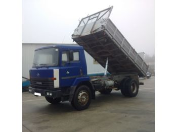 Самосвал NISSAN M140.17 left hand drive 14 ton 3 way