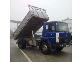 NISSAN M140.17 left hand drive 14 ton on 10 studs 3 way - самосвал
