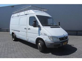 Mercedes Benz SPRINTER 413CDI - цельнометаллический фургон