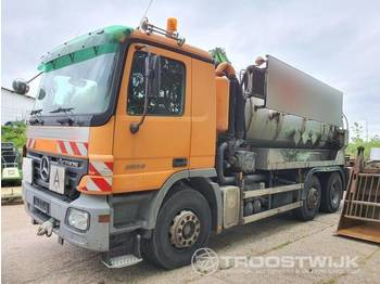 Mercedes-Benz Actros MP2 2536 6x2 - ассенизатор