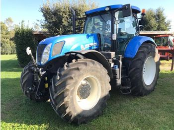 Колёсный трактор NEW HOLLAND T7-250: фото 1