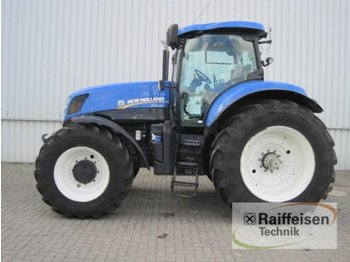 Колёсный трактор New Holland T7.250