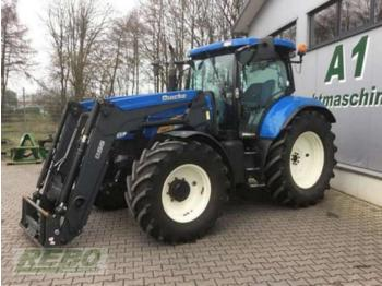 Колёсный трактор New Holland T 6070 ELITE AEC