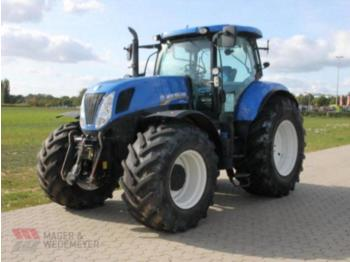 Колёсный трактор New Holland T 7.250