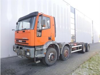 Iveco EUROTRAKKER 340EH34 8X4 MANUAL FULL STEEL  - бетономешалка