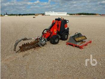 DITCH WITCH R300 4x4 Ride On - траншеекопатель