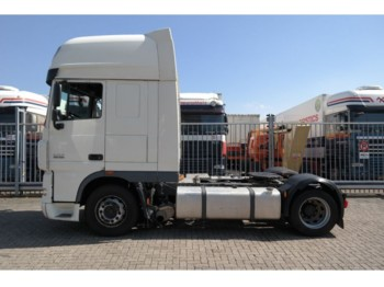 Тягач DAF XF 105.460 MEGA LOWDECK SUPER SPACECAB